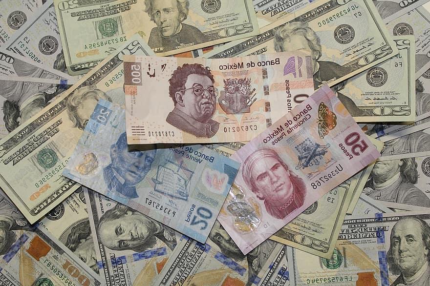 Mexicanos reciben remesas de EE.UU