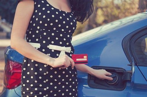 Cómo ahorrar combustible en el coche